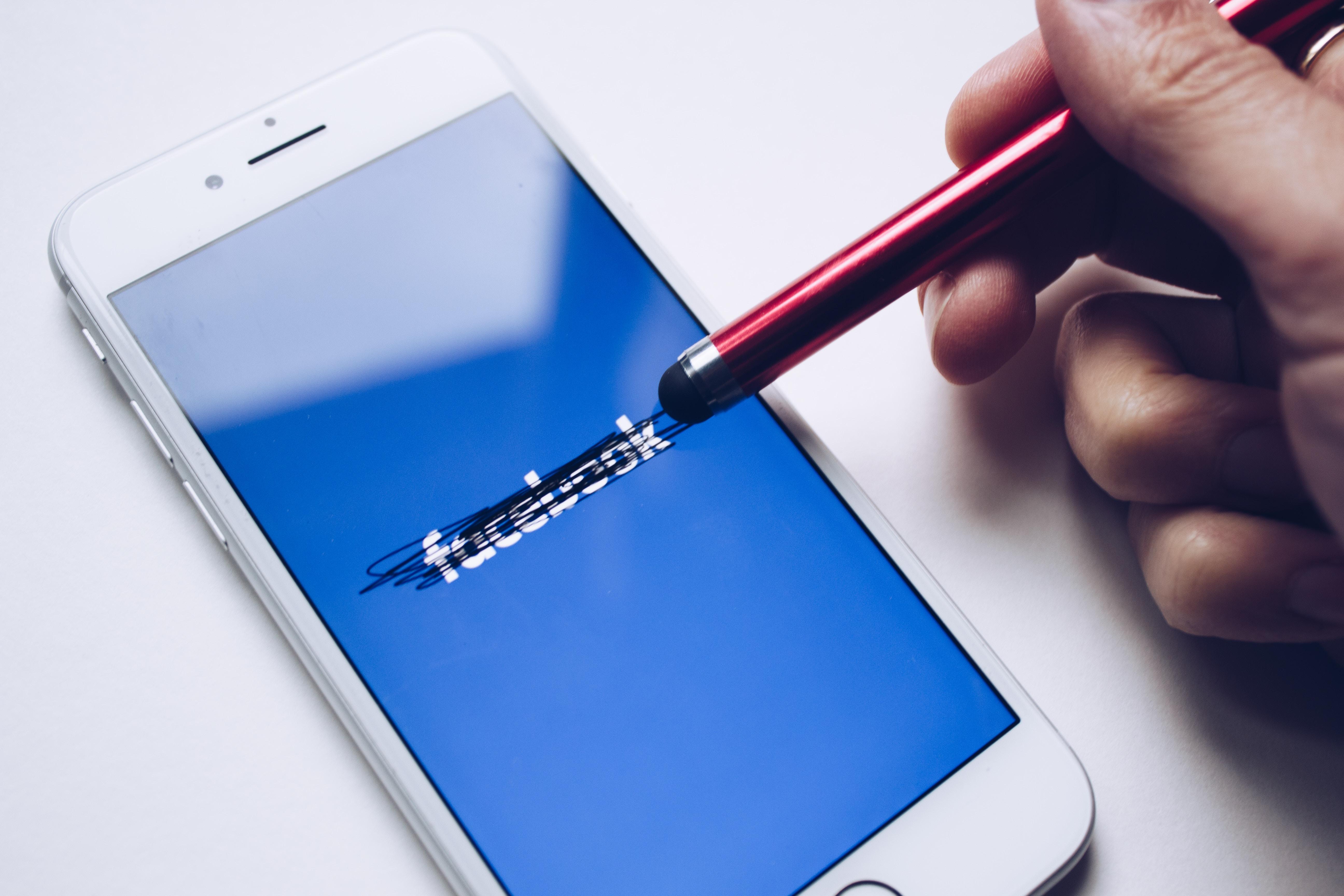 aktuelle Social Media Trends 2019: Facebook löschen