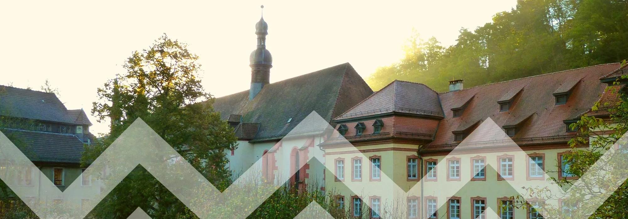 Frontalansicht des Klosters Lichtenthal