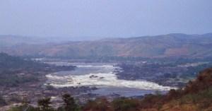Livingstone-Fälle bei Inga, hier kommt der Fisch mit Taucherkrankheit her