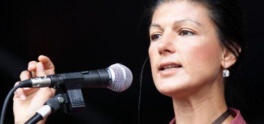 Sahra Wagenknecht bei einer Rede in Essen. Sie mobilisiert mit dem Team Sahra die enttäuschten Bürger.