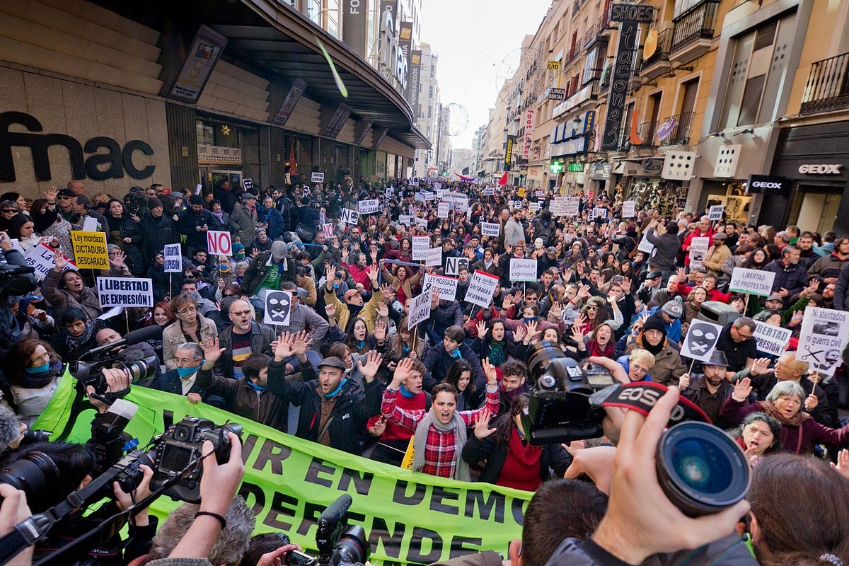 "Demonstration gegen das ""Gag Law"" in Madrid am 20. Dezember 2014; Foto von Carlos Delgado - Own work, CC BY-SA 4.0)"