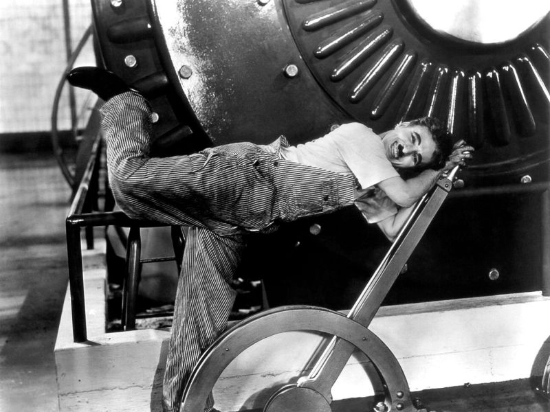 The Tramp working on the giant machine in the film's most famous scene