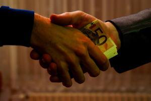Interview mit Uwe Dolata über Korruption in Deutschland.