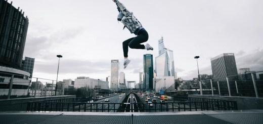 Das springende Mädchen von Etienne Boulanger steht für die Krone der Schöpfung.