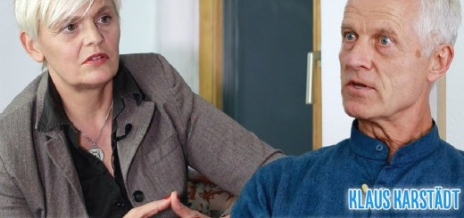 Bilbo Calvez und Klaus Karstädt im Gespräch über gewaltfreie Kommunikation. (Foto: Bilbo Calvez)