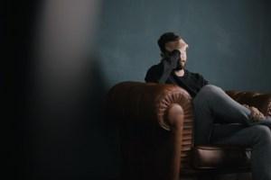 Aufnahme am Filmset. (Foto: Nik Shuliahin, Unsplash.com)