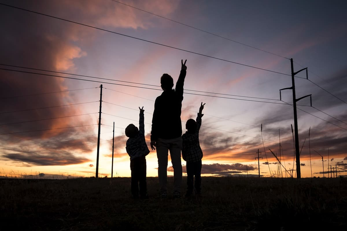 Peace for all people. (Foto: Steve Halama, Unsplash.com)