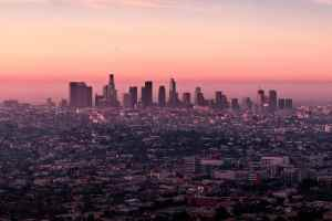 Empathie ist die Fähigkeit, Gedanken, Emotionen, Motive eines anderen Menschen zu erkennen. Griffith Observatory, Los Angeles, United States. (Foto: Martin Adams, Unsplash.com)