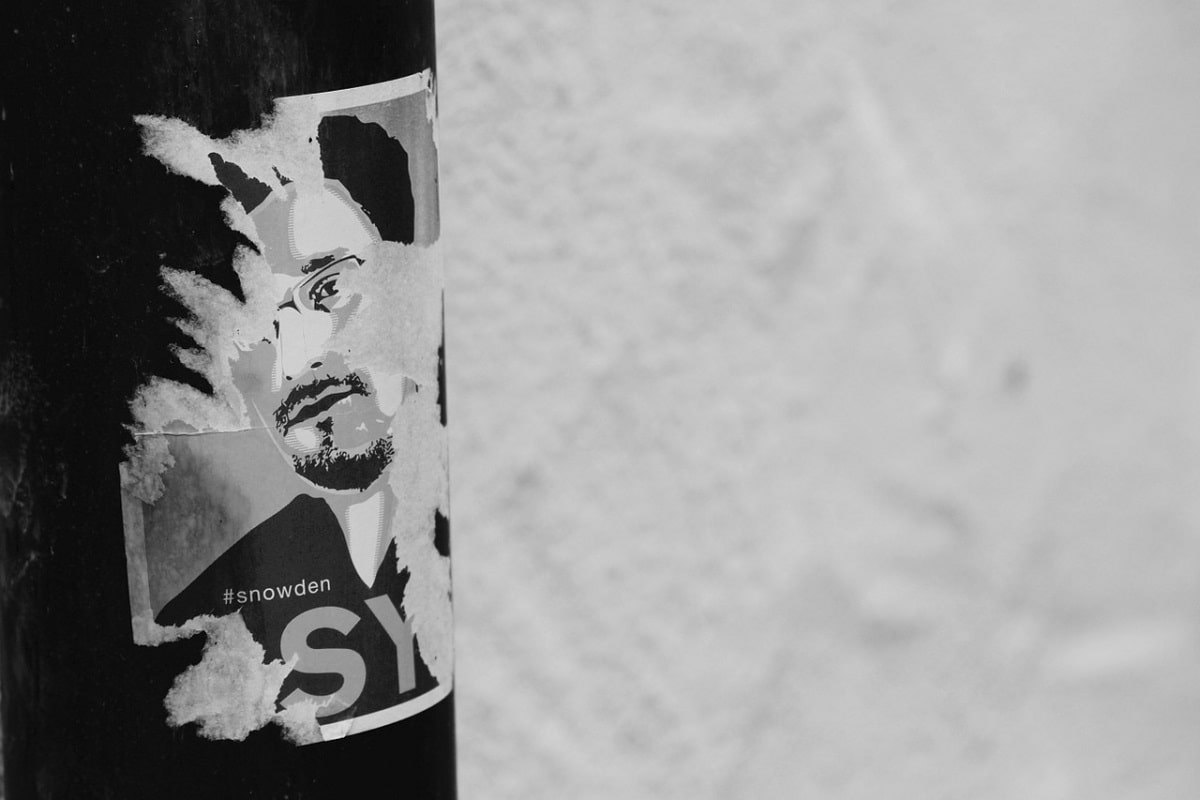 Edward Snowden black and white. (Foto: Free-Photos, Pixabay.com, Creative Commons CC0)