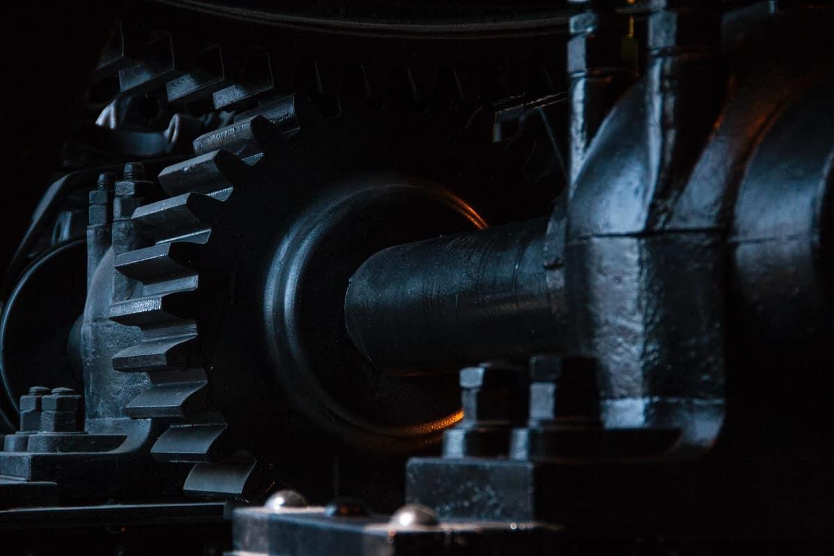 Die Megamaschine hat ihren Zenit überschritten. (Foto: Isis Franca, Unsplash.com)