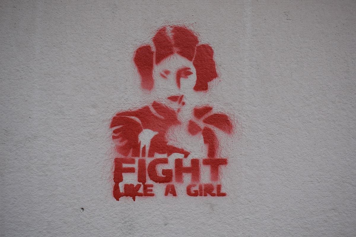 Fight like a girl wäre das passende Motto für die Fridays for Future Bewegung. (Foto: Marija Zaric, Unsplash.com)