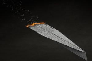 Ein passende Symbol für Meinungsäußerungsfreiheit ist ein Papierflugzeug. (Foto: Colin Behrens, Pixabay.com; Pixabay License)
