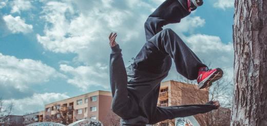 Auch bei einem Flip führen Entscheidungen zu Ergebnissen. (Symbolfoto: Deniel Fazekas, Unsplash.com)