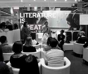 Die amerikanische Regisseurin Sarah Winter am Maxim Gorki Institut. (Foto: Literaturinstitut Maxim Gorki)