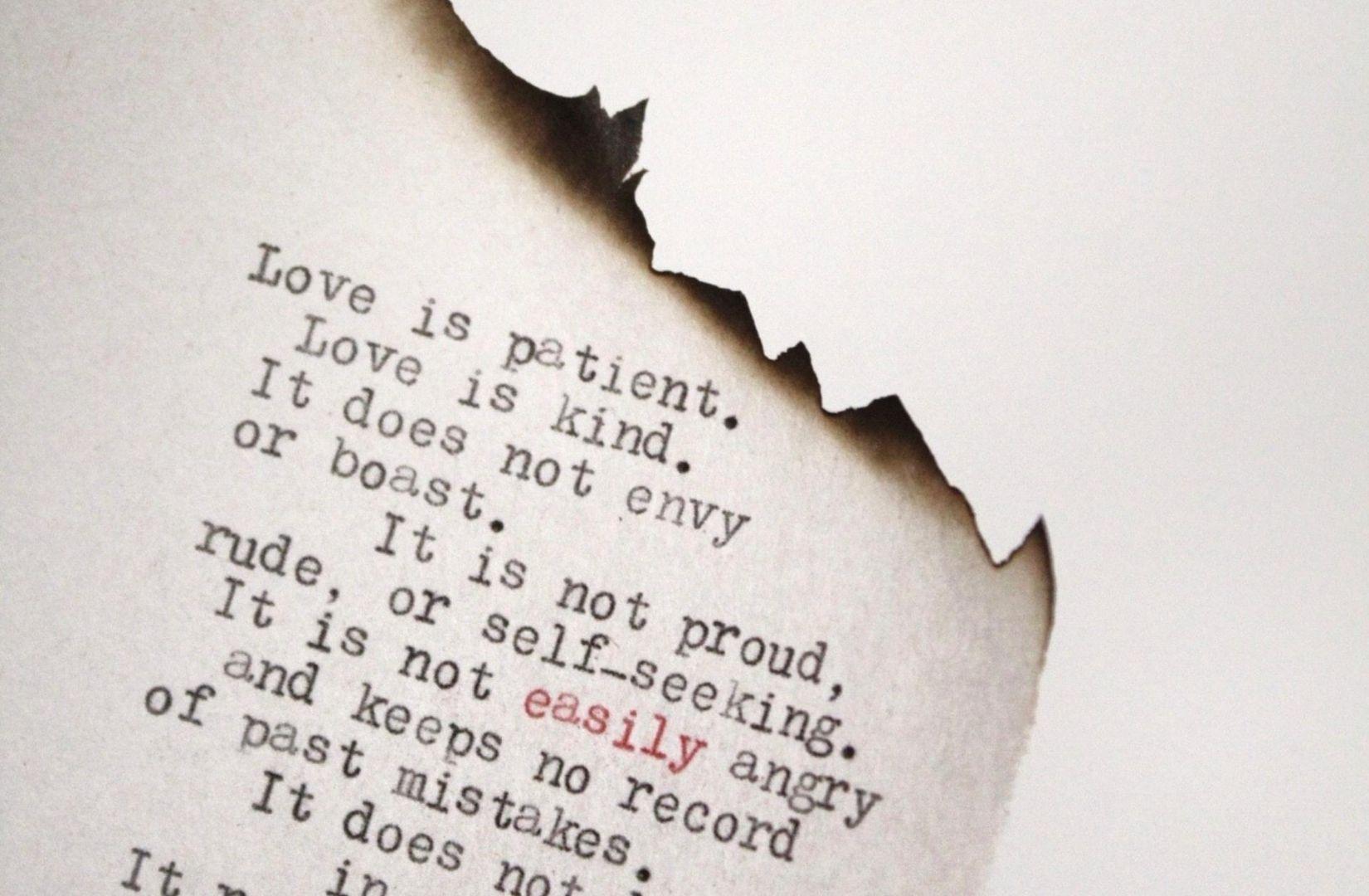 Eine intime Begegnung kann der Beginn unendlicher Zuneigung sein. (Foto: Leighann Blackwood, Unsplash.com)