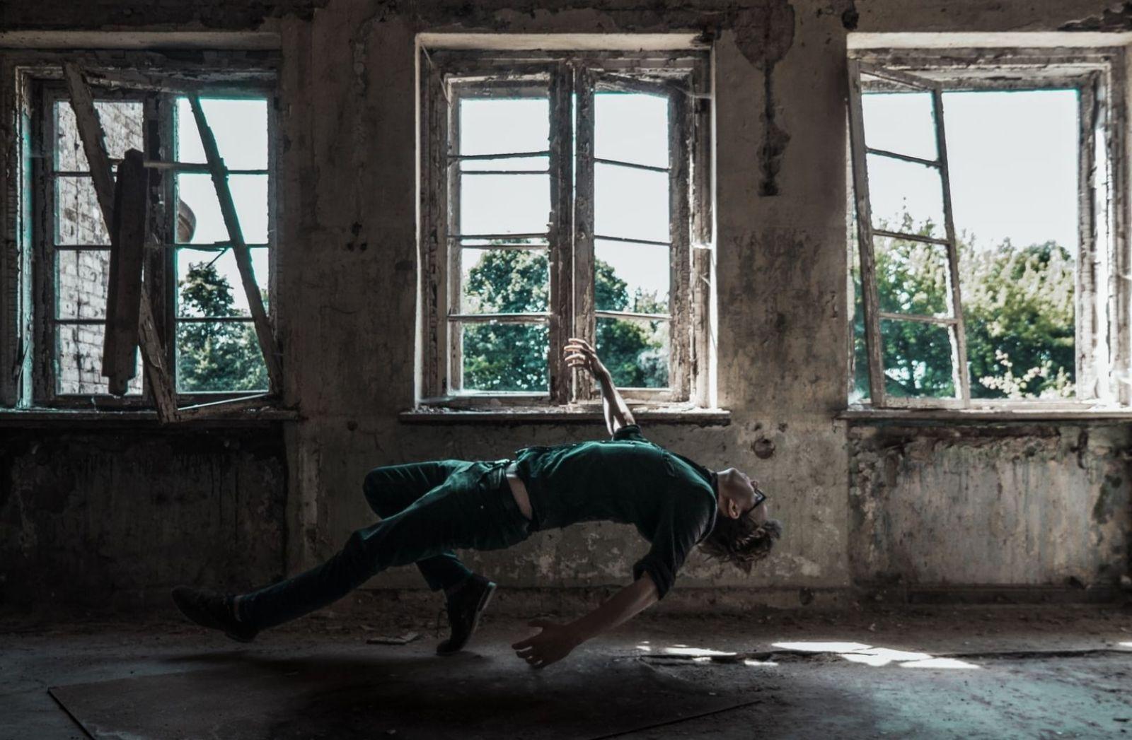Weltmeisterlich auf die Empore. (Foto: Julius Drost, Unsplash.com)