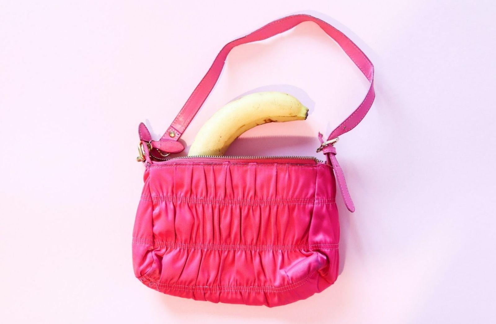 Je nach Blickwinkel wirft jede Banane einen Schatten. (Foto: Dainis Graveris, Unsplash.com)