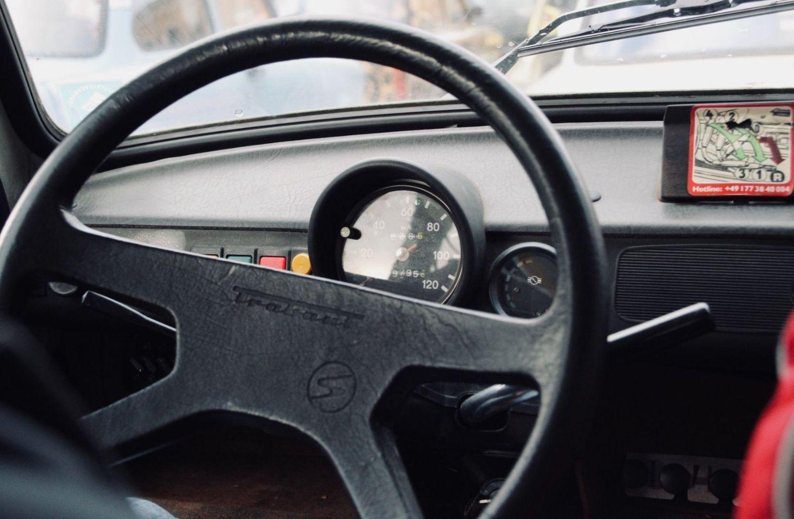 Kein Tamtam und Tabu mit dem Trabant. (Foto: Oliver Augustijn, Unsplash.com)