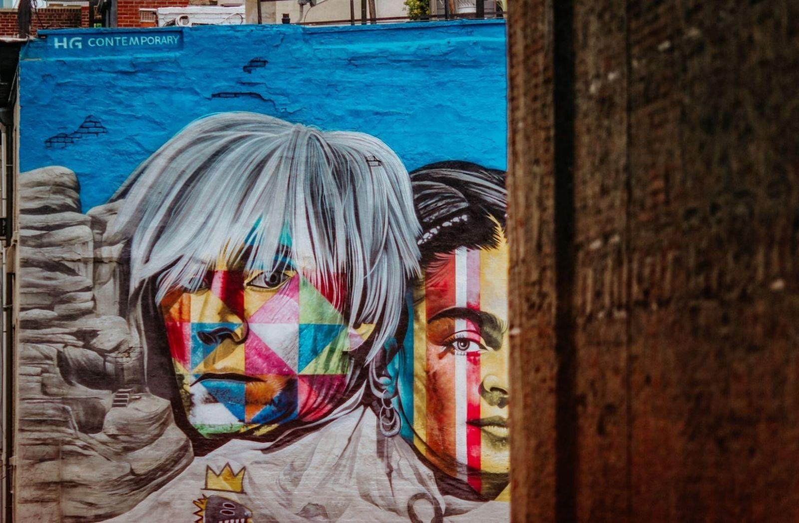 Produktionsfaktor Kunst als Street Art. (Foto: Jon Tyson, Unsplash.com)
