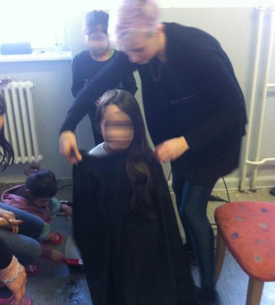 Ehrenamtlicher Friseursalon