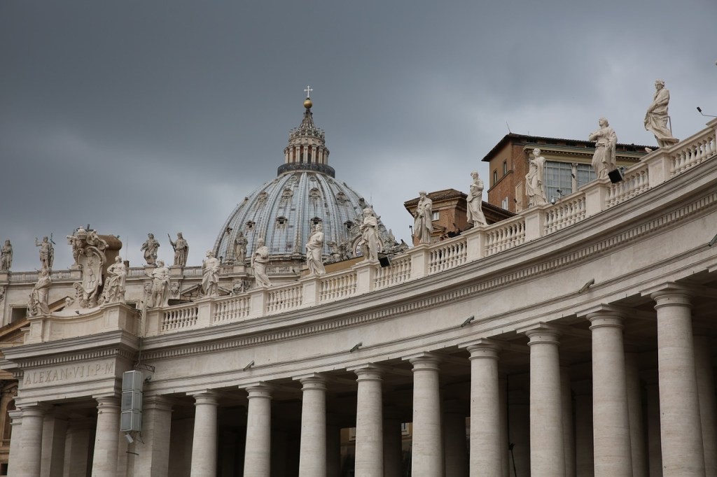 Ein mysteriöser Goldfund in den Räumen eines ehemaligen vatikanischen Finanzverwalters sorgt in Italien für Aufsehen.