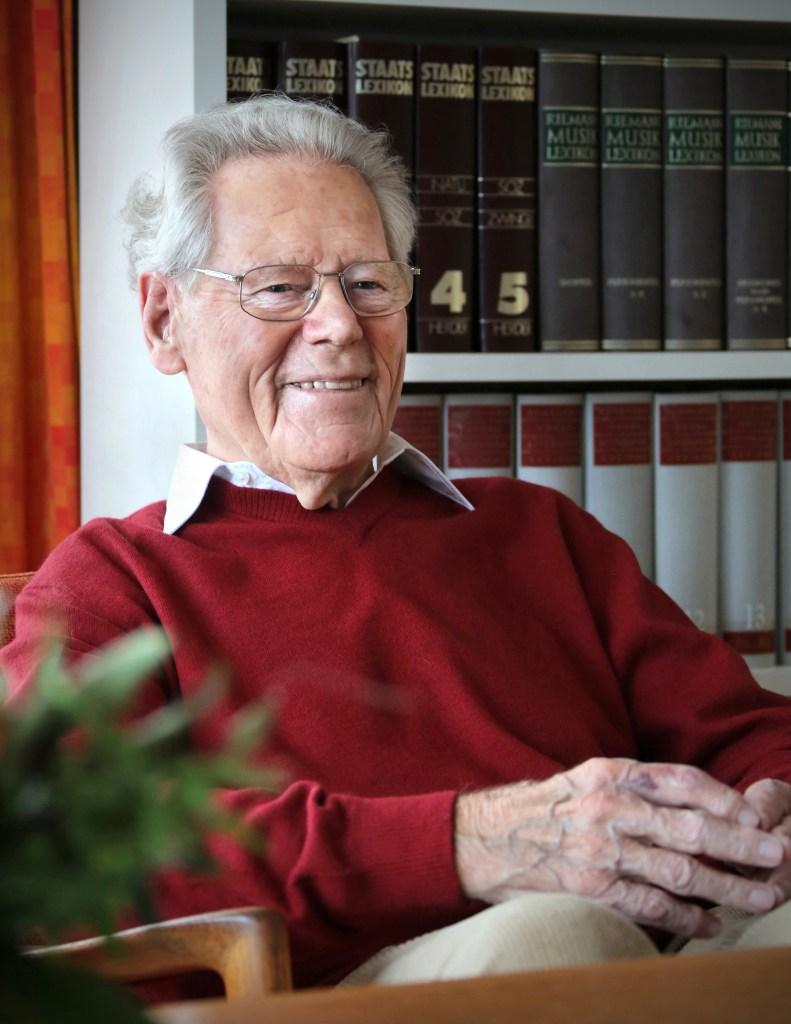 """Für """"schlicht unwahr"""" hält der Generalsekretär der Stiftung Weltethos, Stephan Schlensog, die Einschätzung des früheren Kurienkardinals Walter Kasper, der verstorbene Theologe Hans Küng sei mit der Kirche ausgesöhnt gewesen."""