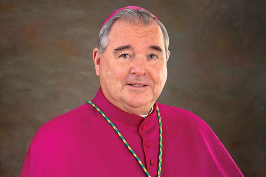 Ottawa/Winnipeg –Die katholischen Bischöfe in Kanada haben für die kommende Woche zu einer Spendensammlung für die indigene Bevölkerung des Landes aufgerufen. Mit der Kollekte am 25. und 26. September sollen generell alle unterstützt werden, die wegen der Corona-Pandemie Not leiden, heißt es in einer am Donnerstag (Ortszeit) veröffentlichten Erklärung der nationalen Bischofskonferenz. Ein besonderes Augenmerk solle dabei aber auf den Indigenen liegen.