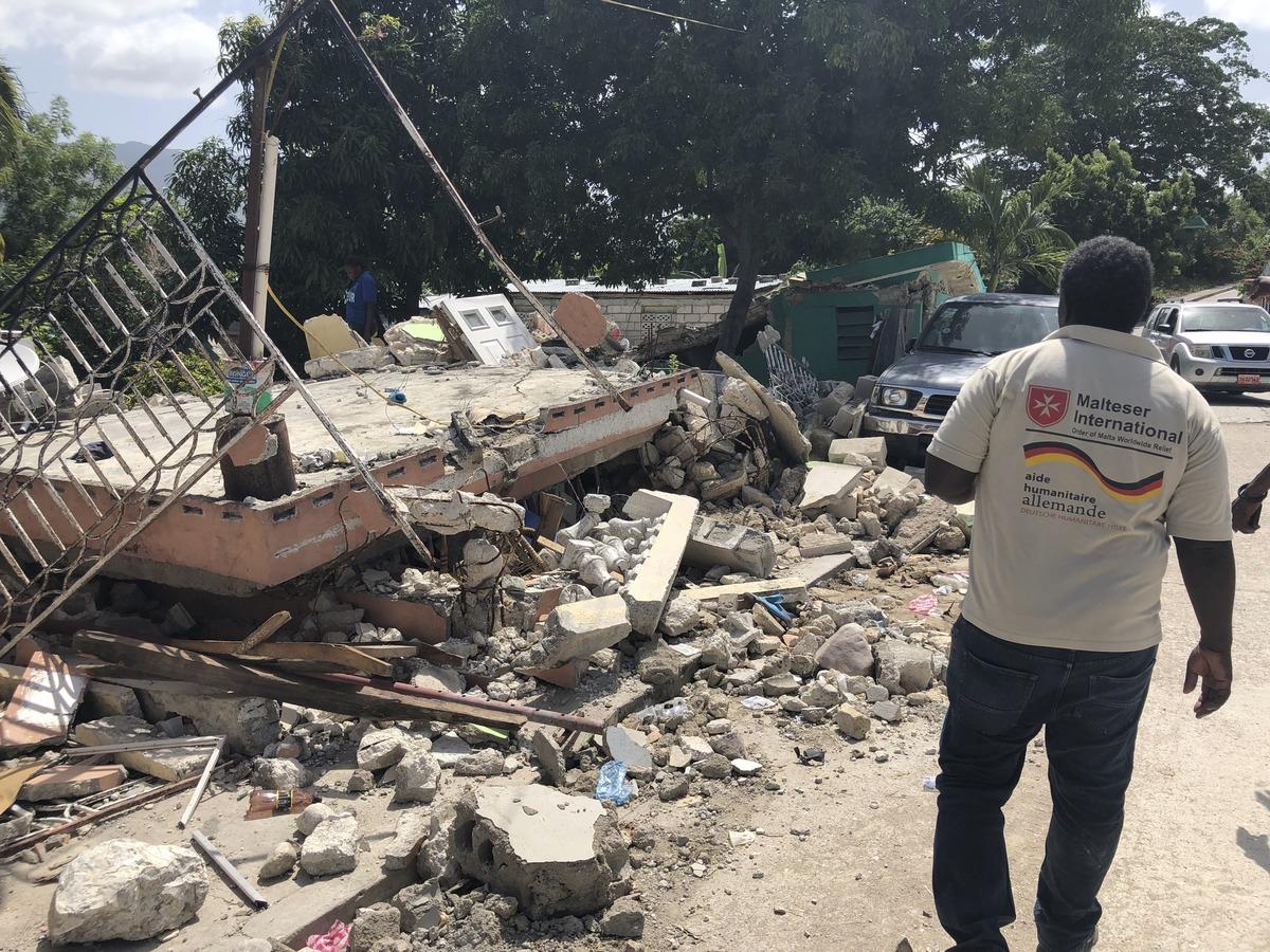 Sechs Wochen nach dem schweren Erdbeben in Haiti bleibt die Lage für die Betroffenen nach Einschätzung des Malteser Hilfsdienstes angespannt.