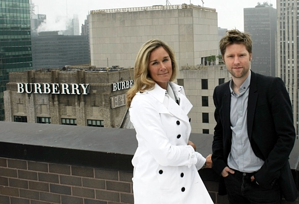 Angela Ahrends und Christopher Bailey  via guardian.co.uk © Guardian News & Media Limited 2010