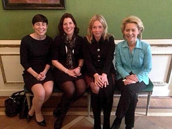 Die Verteidigungsministerinnen von Norway (Ins Eriken Søreide), Sweden (Karin Entström), Netherlands (Jeanine Hennis-Plasschaert), and Germany (Ursula von der Leyen).