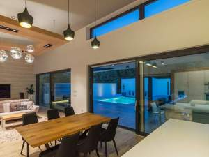 Studio Lift and Slide Doors