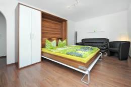 Wohn-und-Schlafzimmer