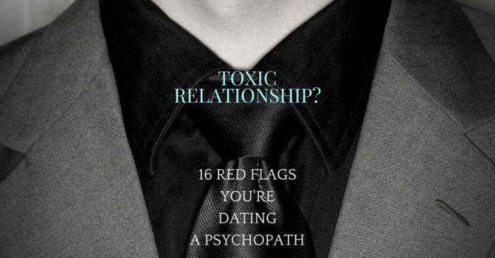 Narcissist dating red flags