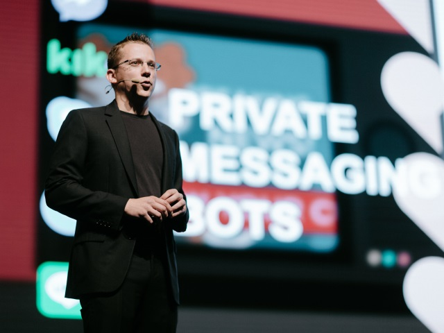 Will Facebook Messenger Chat Bots Replace Humans?