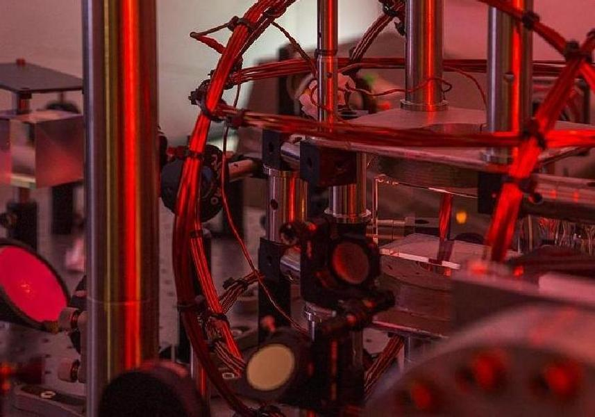 Artifical Intelligence Learns To Run Nobel-Winning Physics Experiment