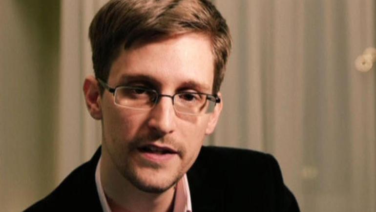 NSA whistleblower Snowden: Google Allo without default encryption is 'dangerous'