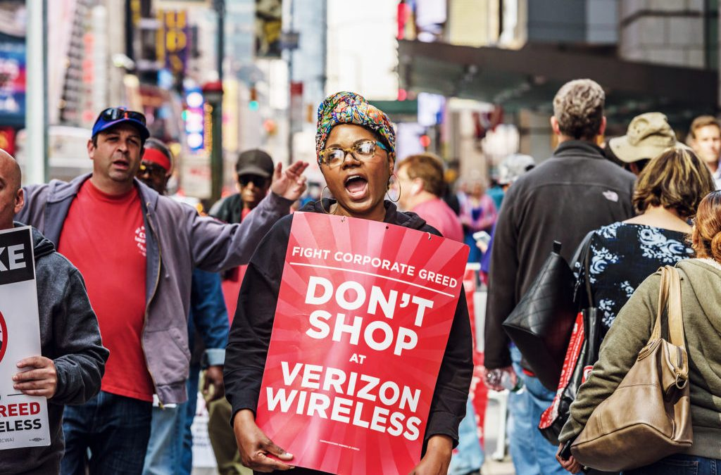 The Verizon Strike Proves the Internet Still Needs Humans