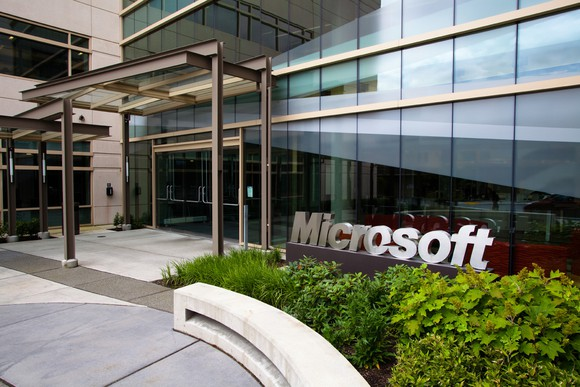 Microsoft Helping to Create More Data Scientists