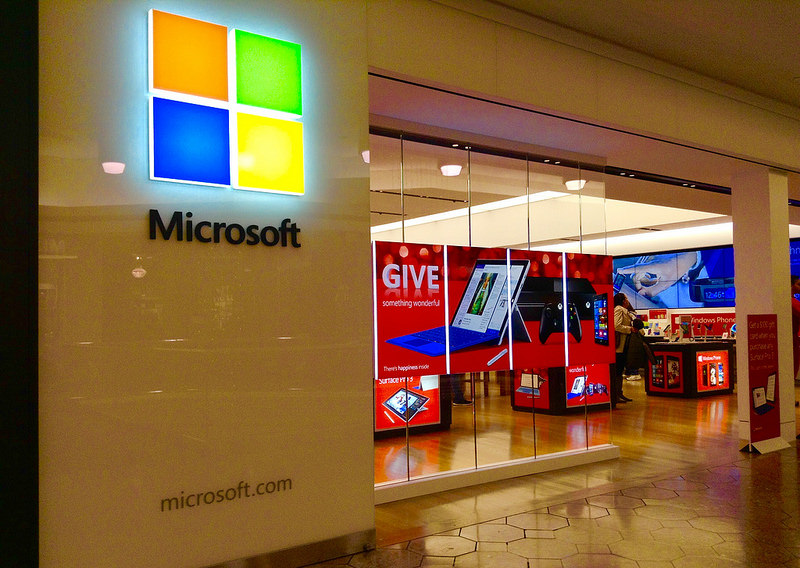 Microsoft Beefs Up Office 365 With Cloud-Based AI To Help You Work More Efficiently