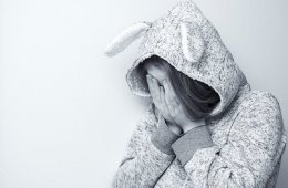 a depressed girl