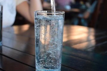 This shows a glass of water