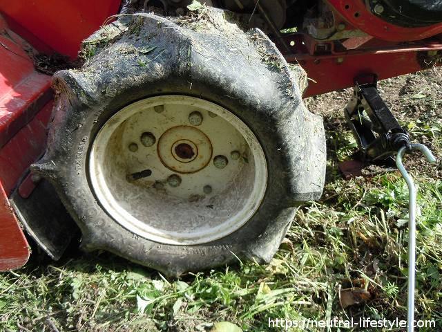 タイヤを外す2