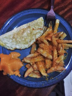 omellette with cheese fries