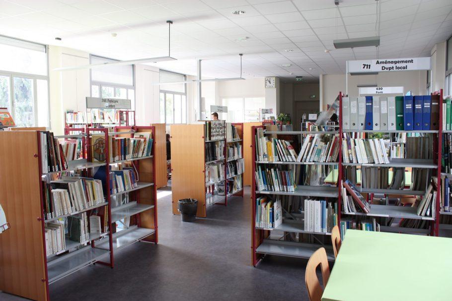 Lycée Henri Queuille de Neuvic CDI