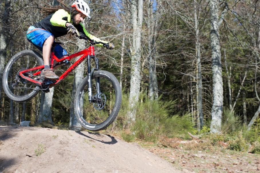 sports nature neuvic_VTT