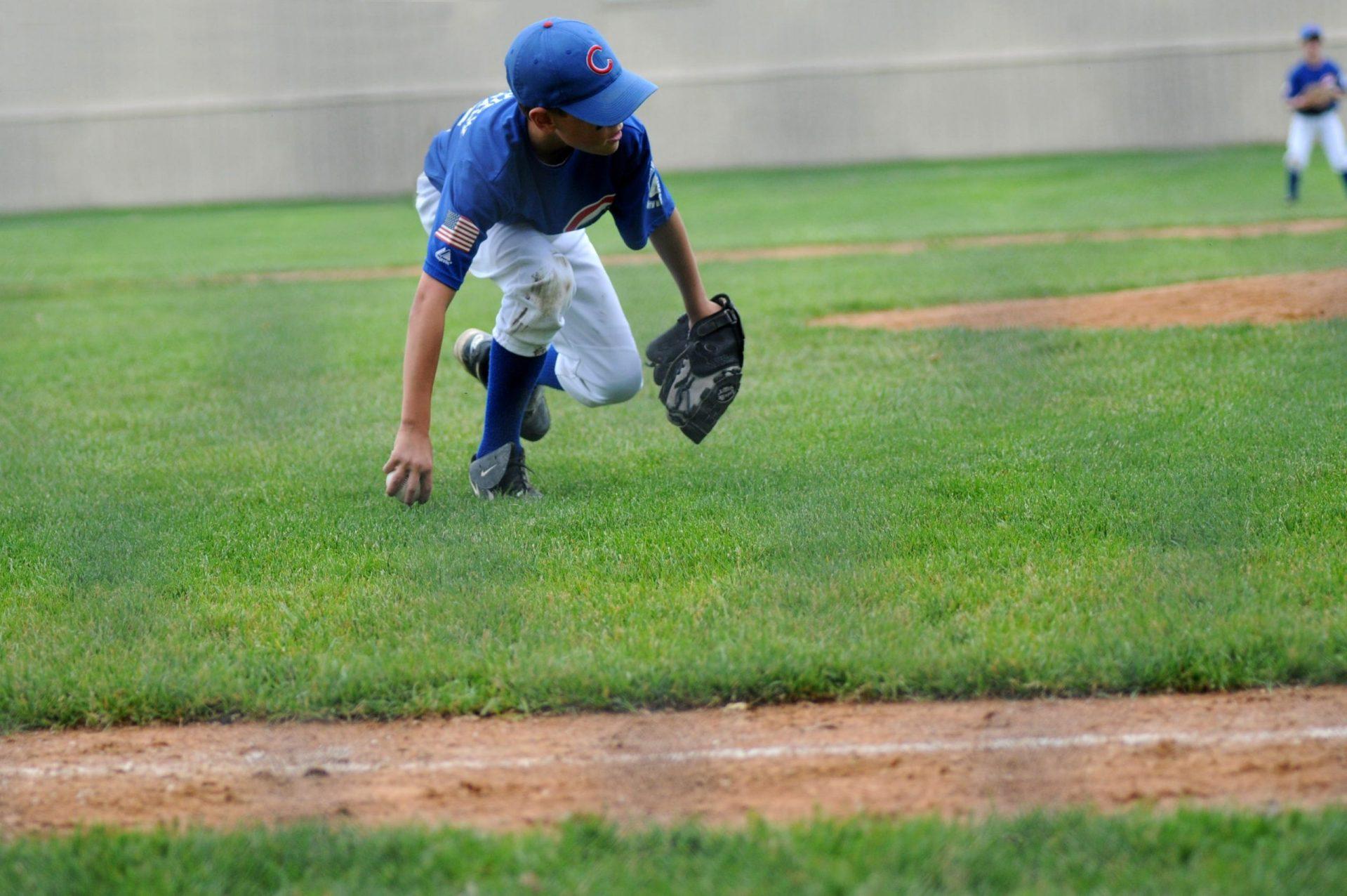 youth sports baseball