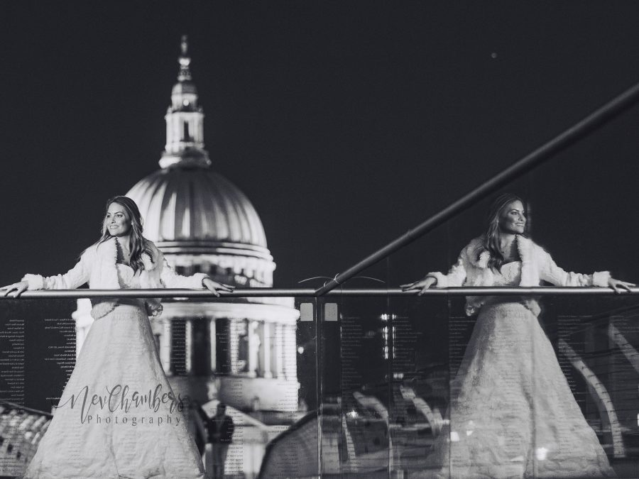 st pauls cathedral millenium bridge bride bridal photography night time