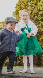 Nev Chambers Photography| Family Photoshoot |Scarborough-photographer-registry-office