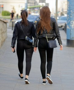 Women in leather jackets - fashion |neveralonemom.com
