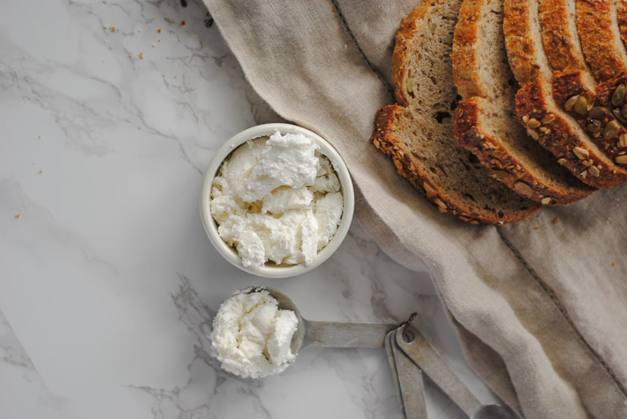 Goat cheese and slices of multigrain bread